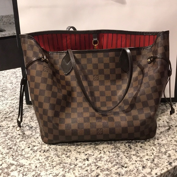 06786b4bc686 Louis Vuitton Handbags - 100% AUTHENTIC Louis Vuitton Neverfull MM
